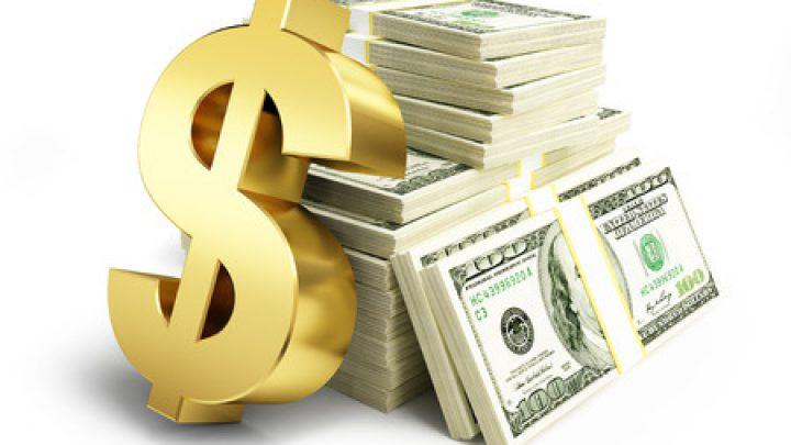 Dollar pins hopes on Fed, Biden for ending month-long decline